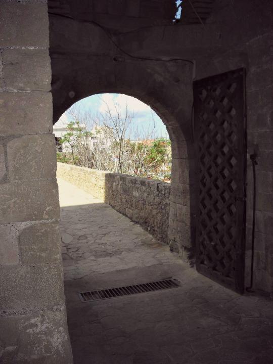 Kyrenia Bellapais blog lemagalire