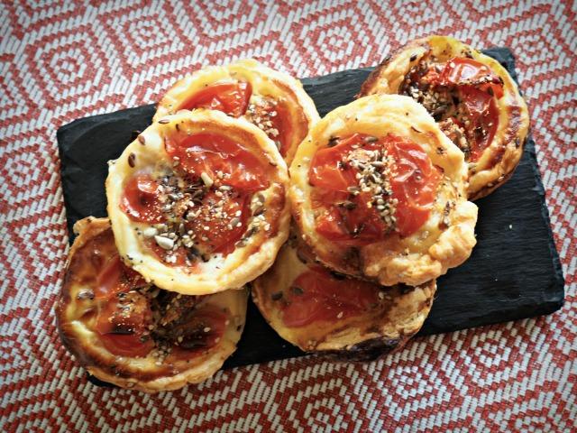 Pizzettes light à la tomate BLOG MARSEILLE LEMAGALIRE